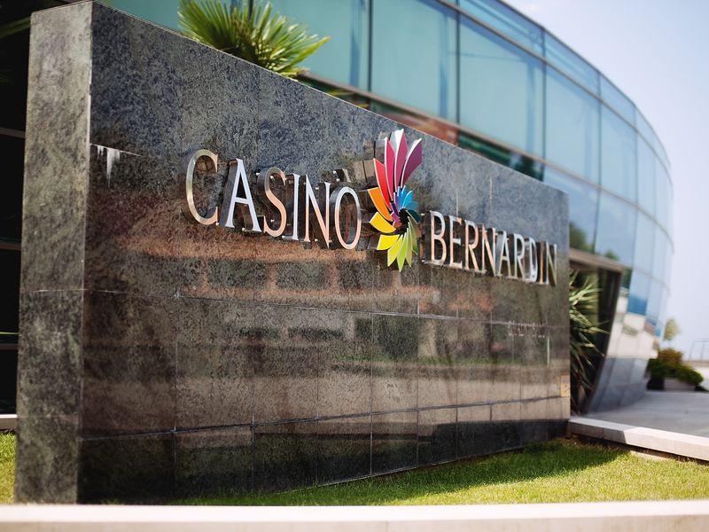 Casino_Bernardin_-_entrance.jpg.jpg