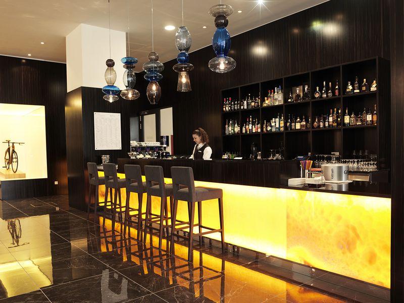 Lobby_bar.jpg