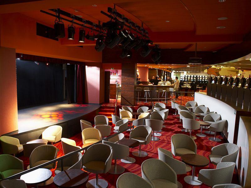 Casino_Bernardin_-_stage.jpg.jpg