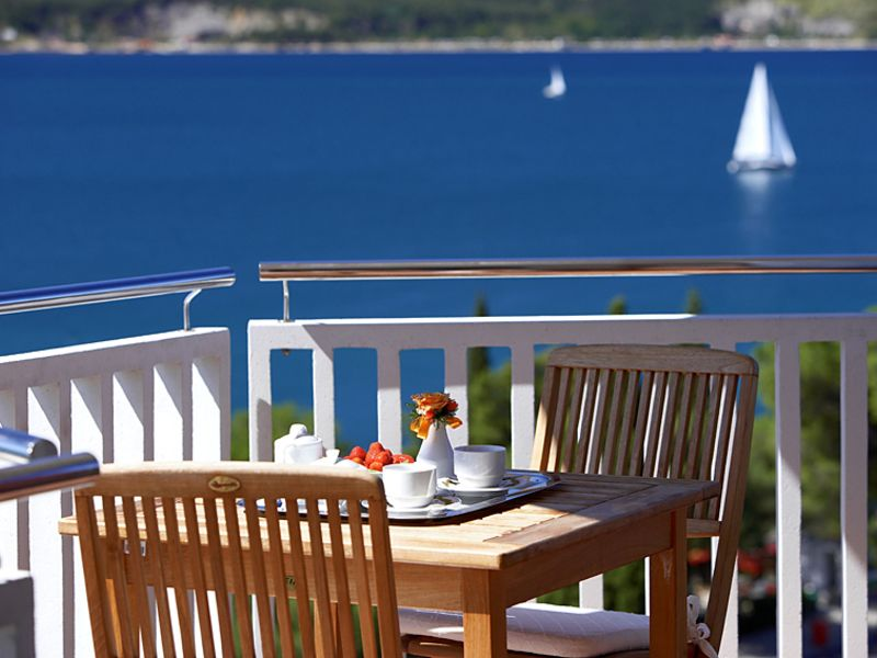 Riviera_-_balcony.jpg.jpg